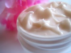 Day Tint Face Cream 1oz Try Me/Travel Size by starletandjuliet, $6.95