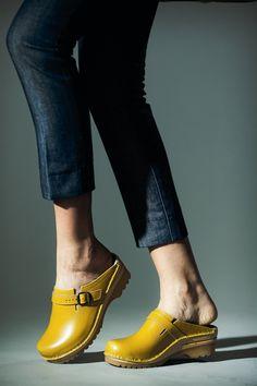 Troentorp nailed clogs: Raphael - Yellow.