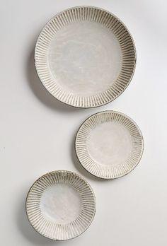 white plates★