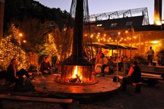 What a great setting for an outdoor dinner  party! #Hearth #HomeDepot #GardenClub
