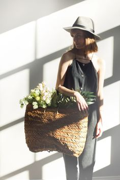 outfit, basket, real flower
