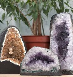 Beautiful Rocks and Crystals from Living Designs http://www.periodideas.com/beautiful-rocks-crystals-living-designs