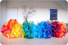DIY Tutorial: Ombre Rainbow Paper Pom Poms