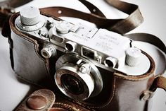 Leica. product, vintag camera, vintage cameras, leica camera, vintage collections, leather, thing, photographi, old cameras