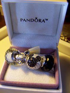 Pandora Fascinating Black  White Beads Disney Mickey Mouse Charms Gift Set