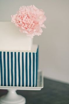 Blue & white striped wedding cake with baby pink flower <3