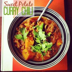 Whether you're making it for the Super Bowl or just for dinner, this Sweet Potato Curry Chili recipe is the bomb. dinner, potato curri, curri chili, chili recipes, sweet potato