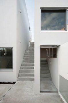 Kaminoge House - 02