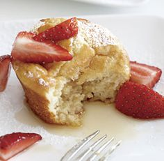 Pancake Soufflé Muffins with Strawberry-Maple Syrup -- Vermont Maid - Great tasting maple syrup! - www.vermontmaid.com #sweet #maplesyrup #recipe