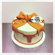 Longhorn cake