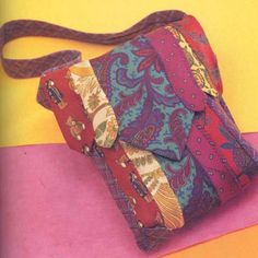 Necktie Purse - Goodwill and other thrift stores are a great place to get men's ties for projects!
