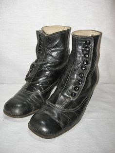 High Top Ladies Button Shoes