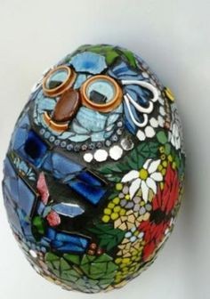 LARGE mosaic egg by Sandy Robertson - AU