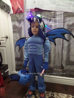 Coolest Homemade How to Train Your Dragon Costume... Coolest Halloween Costume Contest