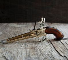 Thomas Jefferson Handgun Avon Glass Bottle by VintageParlorMens, $24.00