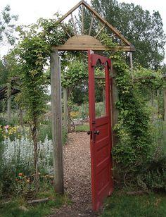 fun gateway!   Edgefield, Oregon