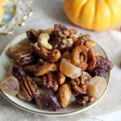 Pumpkin Pie Spiced Trail Mix #HealthyAperture
