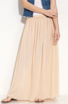 Love this pleated maxi skirt!