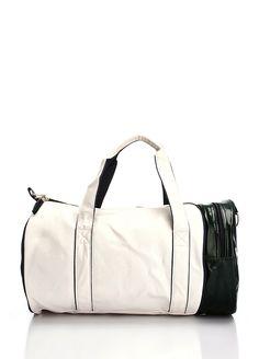 HUMMEL El valizi-38 x 25 x 12 cm Markafonide 159,99 TL yerine 99,99 TL! Satın almak için: http://www.markafoni.com/product/3800223/