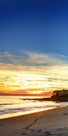 Sunsets and the beach are two things you can't get enough of: Malibu, California