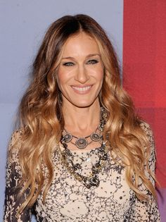 angles, hair colors, furs, ombre hair, blond, pink, extensions, sarah jessica parker, curly hair