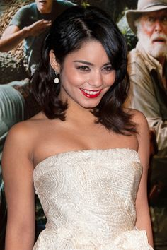Vanessa Hudgens pearl drop earrings