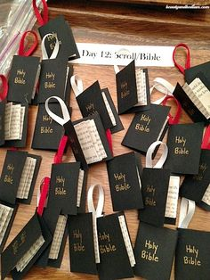Day 12 Jesse Tree Scroll Bible @jen (Balancing Beauty and Bedlam/10 Minute Dinners blogs) The Advent Jesse Tree: Jesse Tree Ornament Ideas
