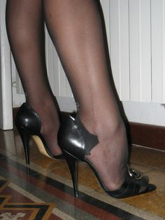 ♠Stockings sexi heel, sexi foot, sexi feet, high heel, nylon feet, beauti feet