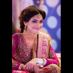 The fabulous Amna Babar in Sana Safinaz