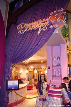 Bibbidi Bobbidi Boutique in Disney