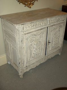 Rare 18th century French painted buffet in original condition