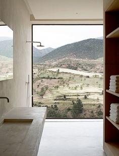 Studio KO - Villa E - Marrakech - ©Dan Glaser > Bathroom with a view