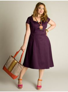 Dana Cotton Dress - I really like the styling here too - cute bag and necklace