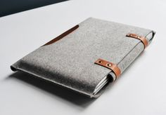 13 Inch MacBook Pro Sleeve - Grey Wool Felt and Brown Leather