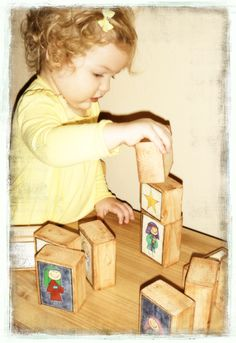 *Free* download for images to make Nativity Blocks for children.