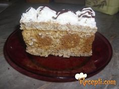 Recept za Tortu od 100 kuglica. Za spremanje torte neophodno je pripremiti belanca, šećer, orah, brašno, margarin, mleko, čokoladu, plazmu, kokos, šlag.