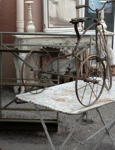 old 3 wheel bike