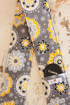 Camera Strap Cover with Lens Cap Pocket, Yellow and Gray Flowers