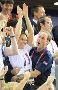Will & Kate celebrating Great Britain's cycling gold, 2 August 2012