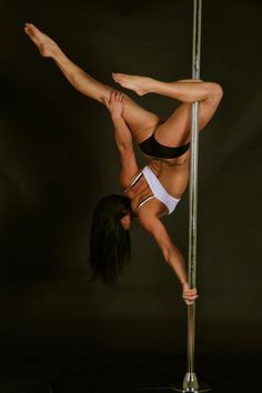 Love this pole move.