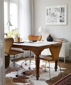 Breakfast nook via Pinterest seen on Simply Grove