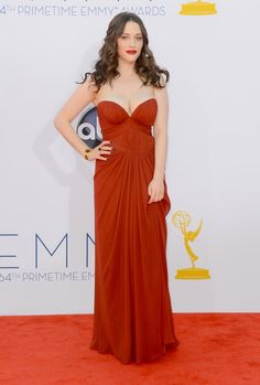 Kat Dennings arrives at the 64th Primetime Emmy Awards at the Nokia Theatre in Los Angeles on September 23, 2012.> Love the hair and makeup too!