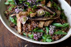 A fantastic salty-sweet grilled tempeh recipe. The marinade is made from a simple (but effective) combination of maple syrup, soy sauce, garlic and ground chipotle pepper.