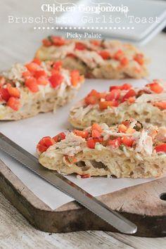 Chicken Gorgonzola Bruschetta Garlic Toast