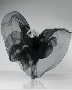 Noir | #beauty #figure #dance #inspire