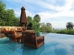 40-Foot Infinity Pool | coolhouses.frontdoor.com