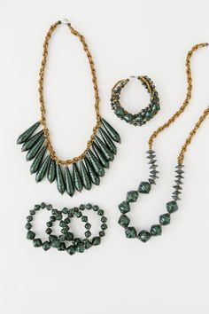 The @31bits + @glitterguide Holiday Collection in Emerald Sparkle