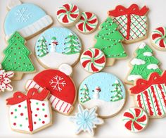 Christmas Decorated Cookies   #holidayentertaining