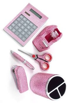 Think i am going to treat myself to this #pink#bling Office Set :-)