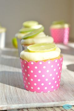 Sugar-Free Lime and Poppy Seeds Cupcakes. #sugarfree #lowcarb #diabetesrecipe  By www.sweetashoney.co.nz.